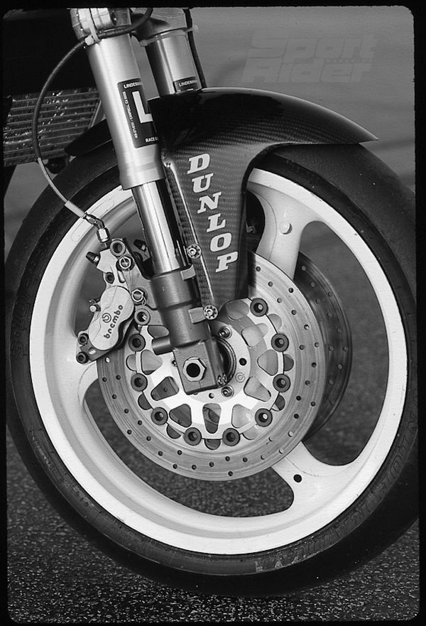 The stock discs and fork legs were retained, but Oliver switched to Brembo GP calipers and a Marchesini wheel and had Lindemann Engineering tinker with fork internals. Oliver like immediate, powerful