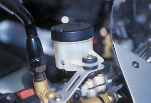 how to bleed motorcycle brakes, top off the master cylinder